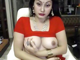 indian bitch masturbates in saree ohmibod lovense