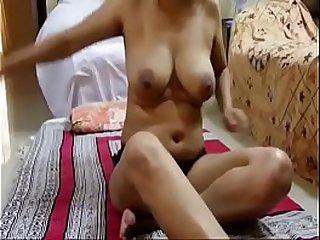 Desi Bhabhi sex bomb