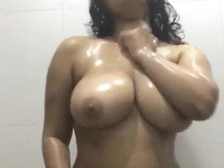 Desi girl dances and fondles big boobs