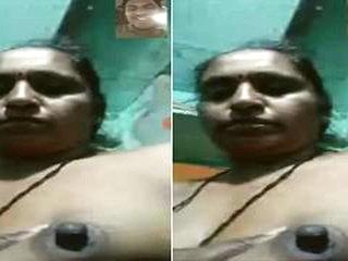 Today Exclusive-Horny Telugu Bhabhi Showing H...