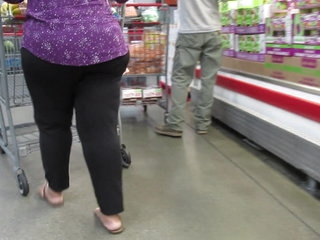 Fat juicy Indian booty mature with thick legs Pt 2